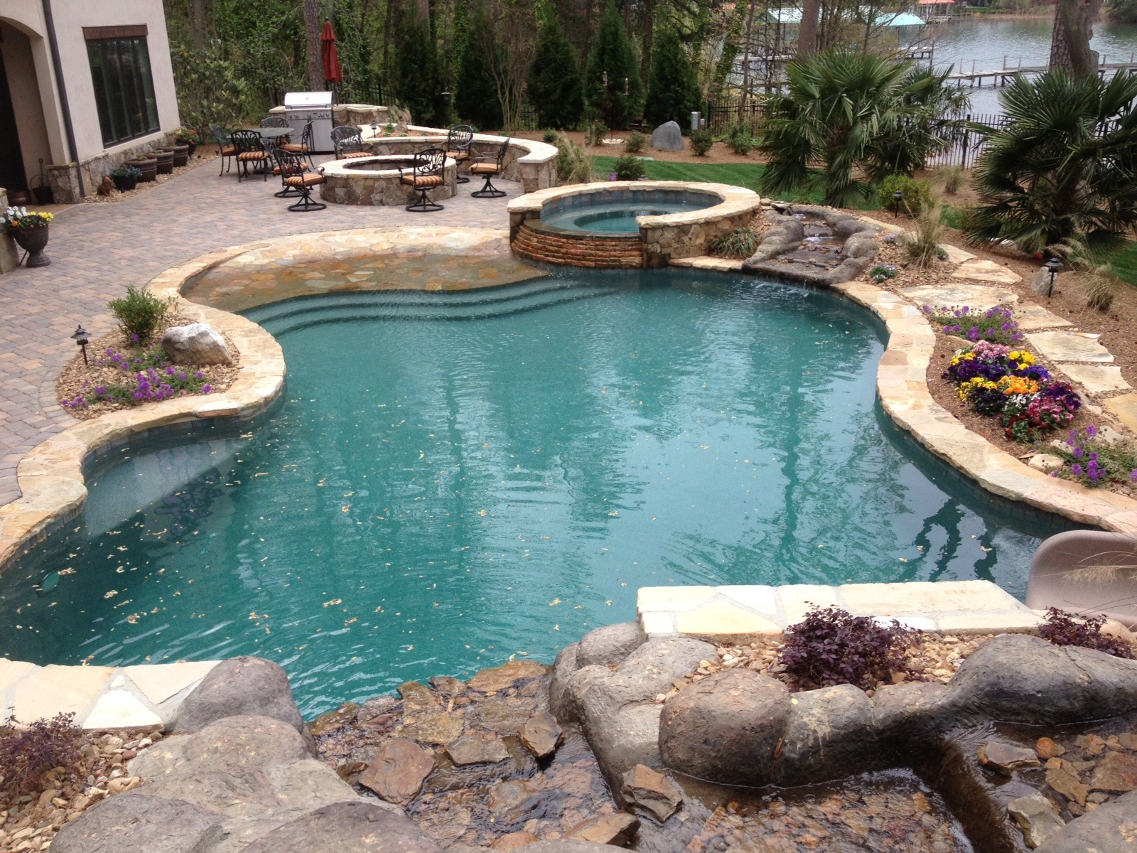 Custom pools archives lombardo pools for Spa and pool
